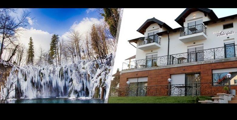 Slikoviti krajolik sa sarmantnim slapovima napunit ce Vam baterije Predivna Villa Waterfalls u Rakovici poziva Vas ove zime na idilcna 2 dana 1 nocenje s doruckom za 2 osobe od samo 289 kn