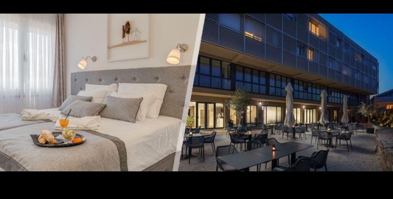 Zimski odmor u SPLITU Odmorite se i opustite uz 3 dana 2 nocenja ili 4 dana 3 nocenja s doruckom ili polupansionom za 2 osobe u Hotelu Pax 3 nadomak staroga grada i predivne pjescane plaze