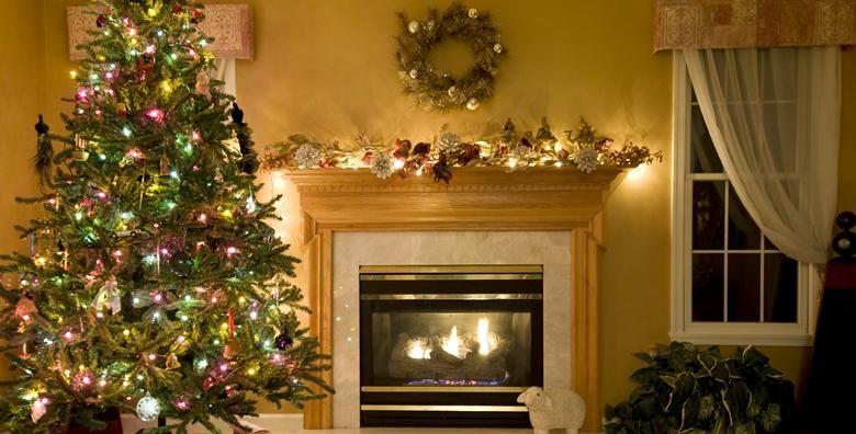 Bozicno drvce  ukrasite svoj dom ovih blagdana prekrasnom smrekom visine 2 do 3 m intenzivnog mirisa i hrvatskog podrijetla za samo 85 kn