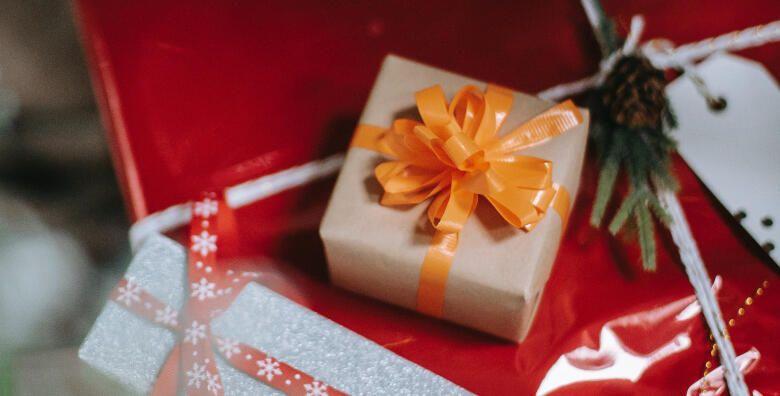 Poklon bon u vrijednosti 400 kn  iznenadite voljenu osobu voucherom za tretmane po odabiru u salonu Healthy lines za 159 kn